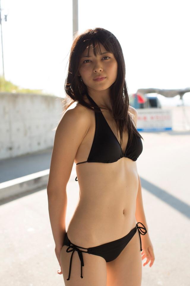 体のラインが美しい矢島舞美の画像♪